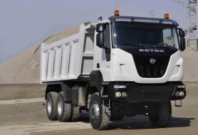 IVECO-ASTRA-HD