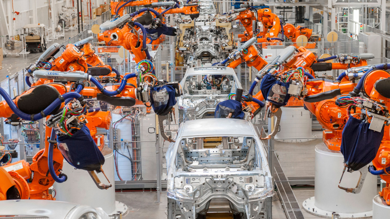 New BMW 5 Series Sedan Assembly Line